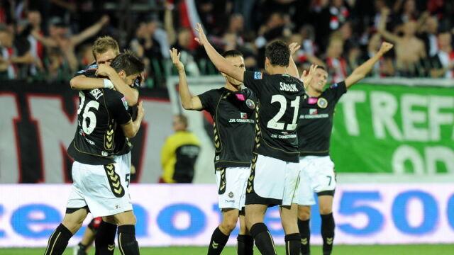 Legia szybko zgasła. Po derbach świętuje Polonia