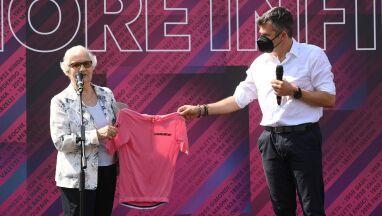 Polka ocalała z Auschwitz uhonorowana różową koszulką Giro.