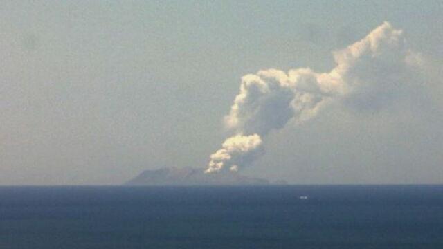 Erupcja wyspy-wulkanu w Nowej Zelandii. Wielu zaginionych, wśród nich turyści
