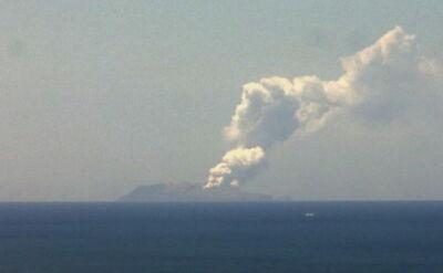 Erupcja wyspy-wulkanu w Nowej Zelandii