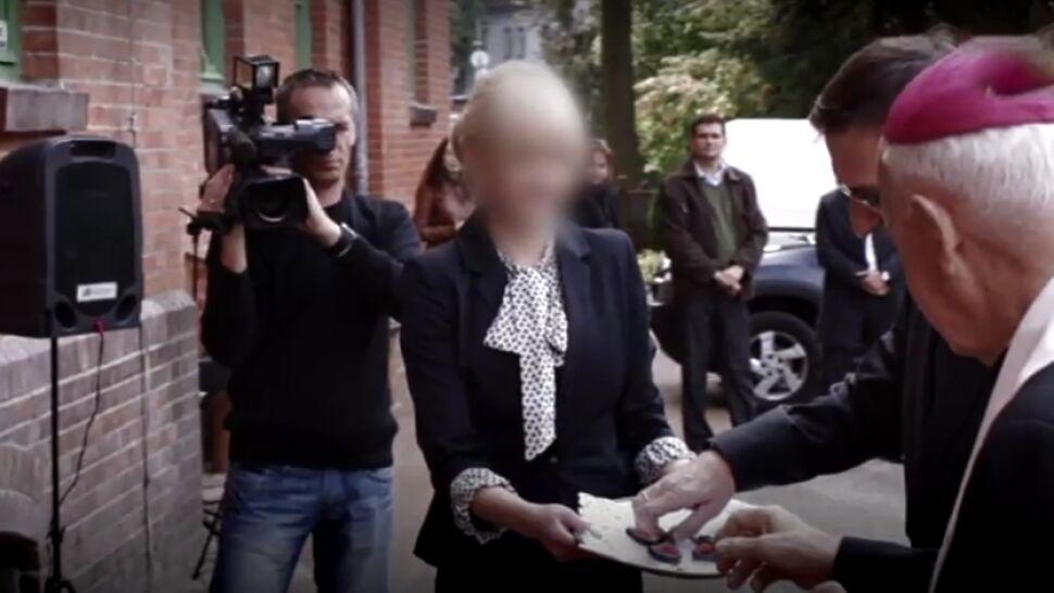 """""""Przedkłada zwolnienia lekarskie"""". Prokuratura czeka z zarzutami dla żony """"agenta Tomka"""""""