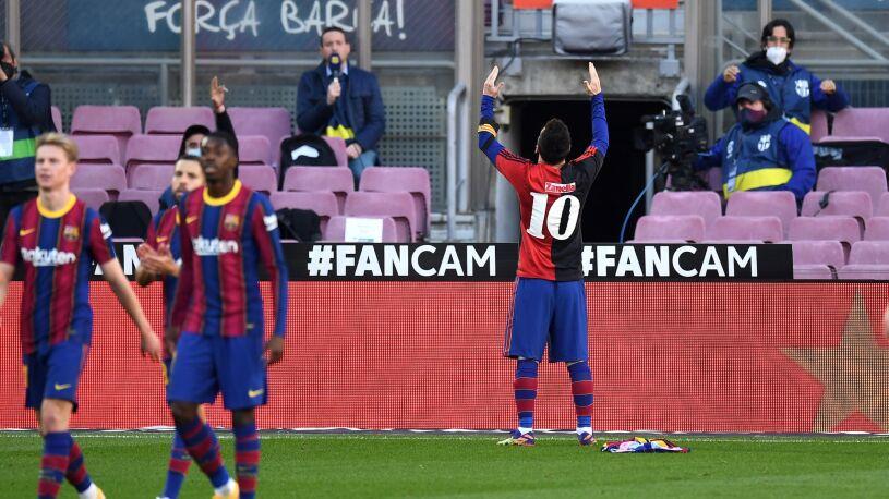 Messi oddał hołd Maradonie. Zwycięstwo i kolejny problem Barcelony