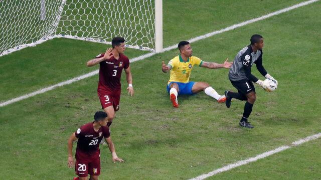 Trzy gole, trzy anulowane. Brazylia zatrzymana