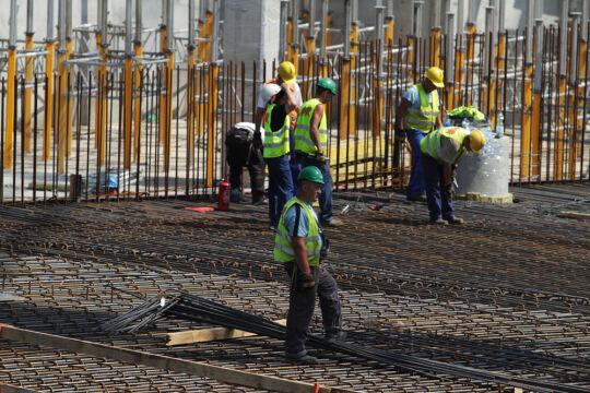 Na budowie codziennie pracuje około 500 robotników