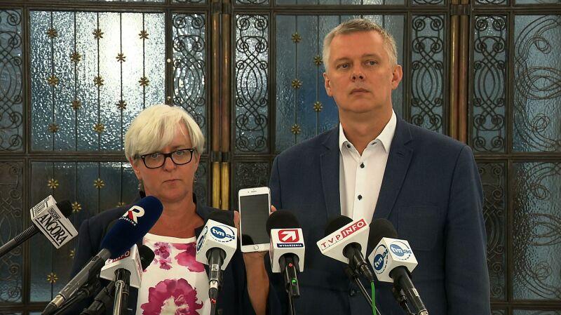 """Pytania o system Pegasus w Polsce. """"Przestępcza inwigilacja obywateli"""""""