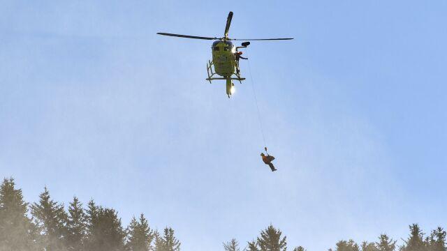 Helikopterem ze stoku do szpitala. Austriacki weteran wpadł w poślizg