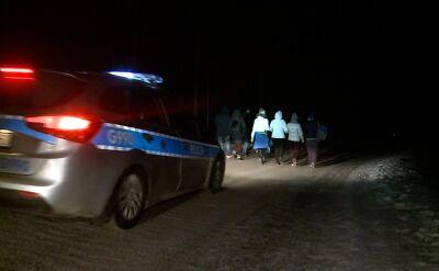 Grupa turystów zeszła z Morskiego Oka z pomocą policji