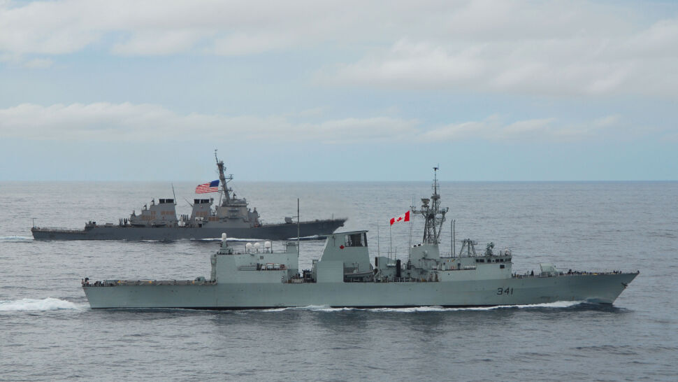 """Kanadyjski okręt przepłynął Cieśniną Tajwańską. """"Ponieważ jest najkrótszą trasą"""""""