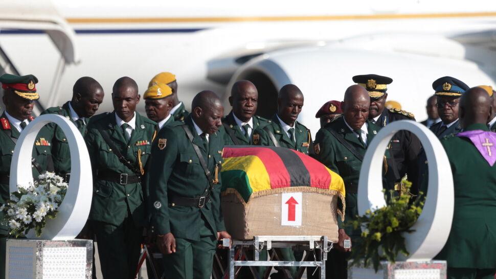 Mugabe nie spocznie na Polu Bohaterów Narodowych