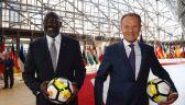 Legenda piłki, a dziś prezydent. Tusk wziął autograf