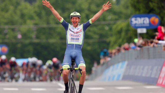 Sensacja na mecie trzeciego etapu Giro d'Italia. Wielki triumf debiutanta