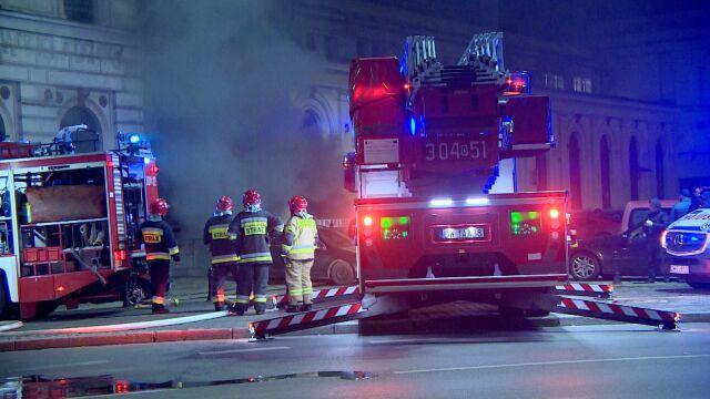 W pożarze na dworcu jedna osoba zginęła, rannych jest dziewięć. Prokuratura wszczęła śledztwo