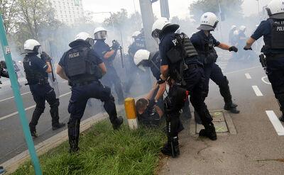 Po zamieszkach na Marszu Równości policjanci rozpoznali ponad 100 osób