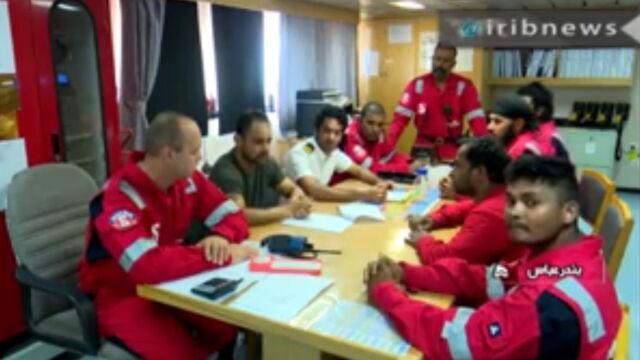 Spotkania załogi, praca w kuchni i irańska flaga na maszcie. Nagranie z pokładu Stena Impero