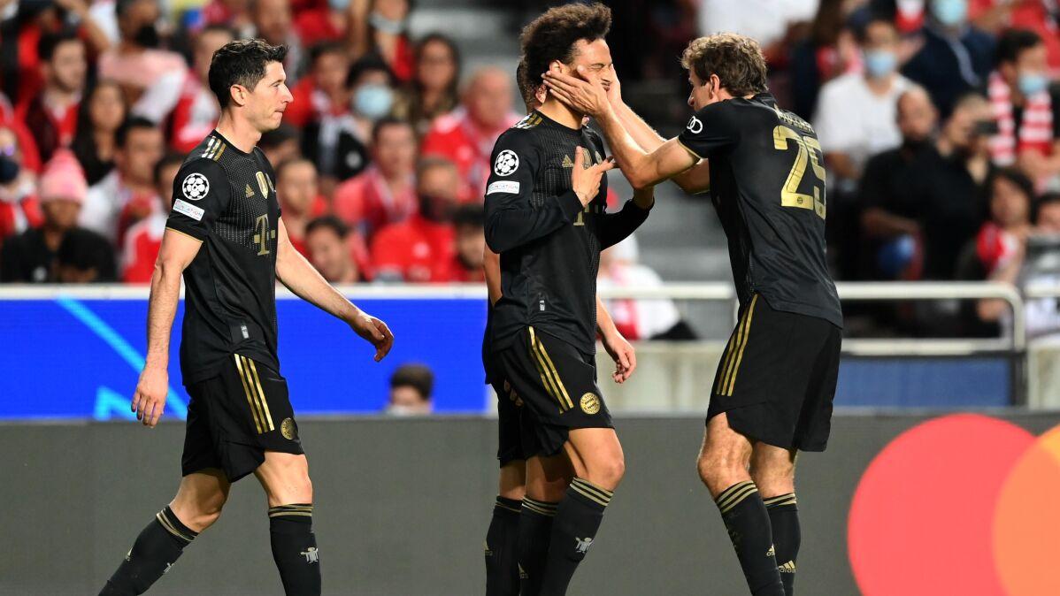 """""""Lewy"""" poprawił dorobek w Lidze Mistrzów. Kapitalna druga połowa Bayernu"""