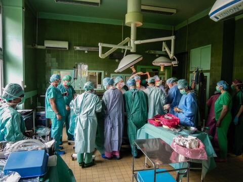 Na sali było 7 lekarzy i 5 pielęgniarek