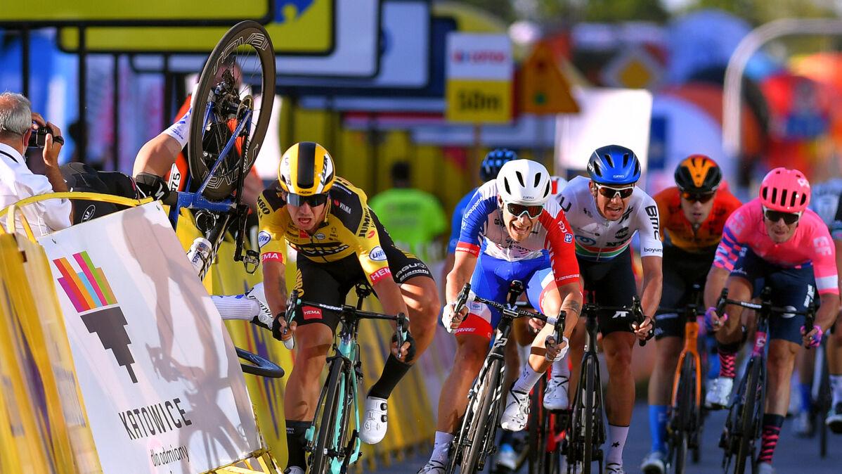 """""""Przebyłem kawał drogi"""". Pierwsze zdjęcie Jakobsena od koszmaru w Tour de Pologne"""