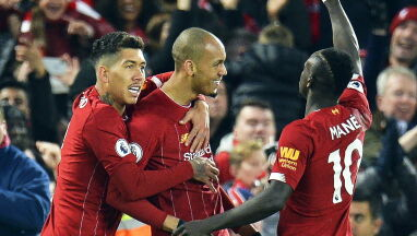 Liverpool lepszy od mistrzów Anglii. Nie obyło się bez dużych kontrowersji