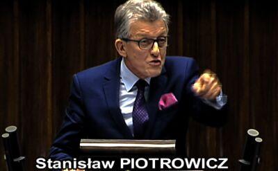 """Fragment materiału """"Czarno na białym"""" o Stanisławie Piotrowiczu"""