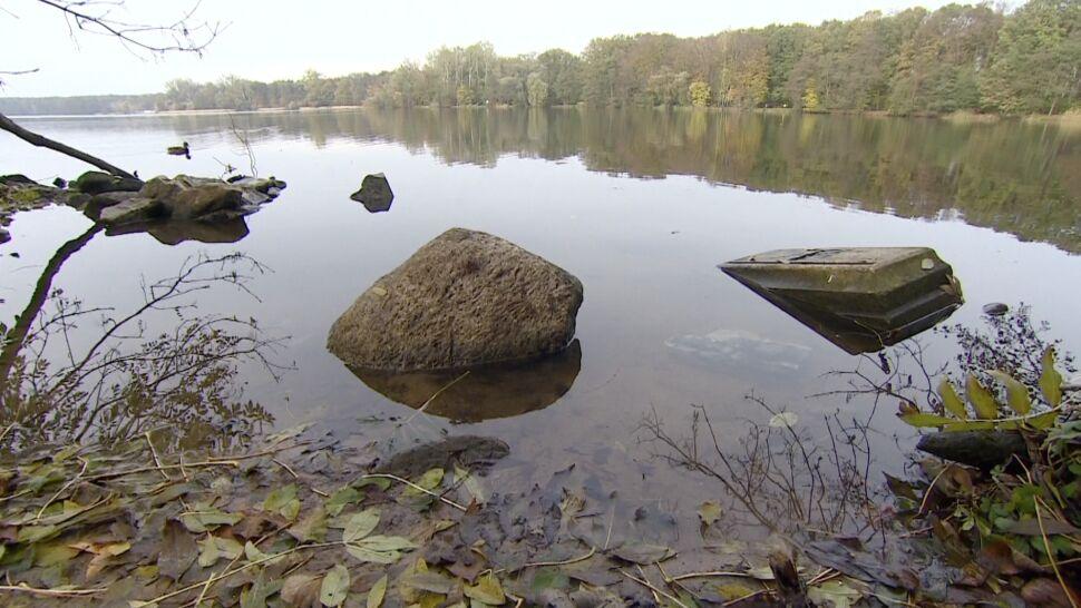 Spróbują wydobyć nagrobki z dna jeziora. Trafiły tam, by zatrzeć pamięć o Żydach