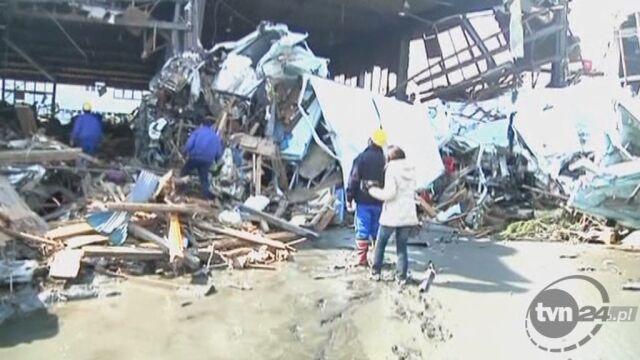 Lotnisko Sendai zniszczone na skutek trzęsienia ziemi