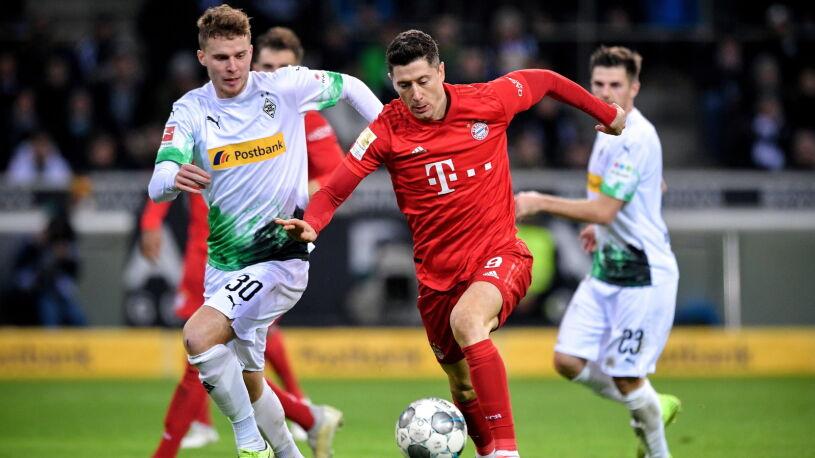 Bayern prowadził, ale przegrał z liderem. Lewandowski znów bez gola