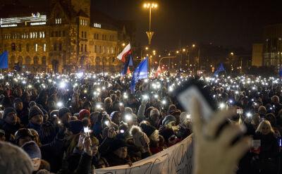 """Demonstracje solidarności z sędziami pod hasłem """"Robimy to dla wszystkich"""""""