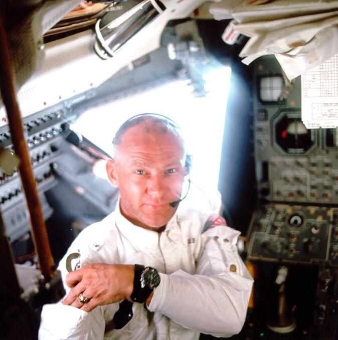 """Edwin """"Buzz"""" Aldrin, jeden z księżycowych astronautów"""