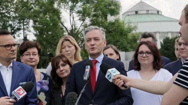 """Biedroń chce stworzyć """"postępową koalicję"""". Zaprosił między innymi SLD i Razem"""