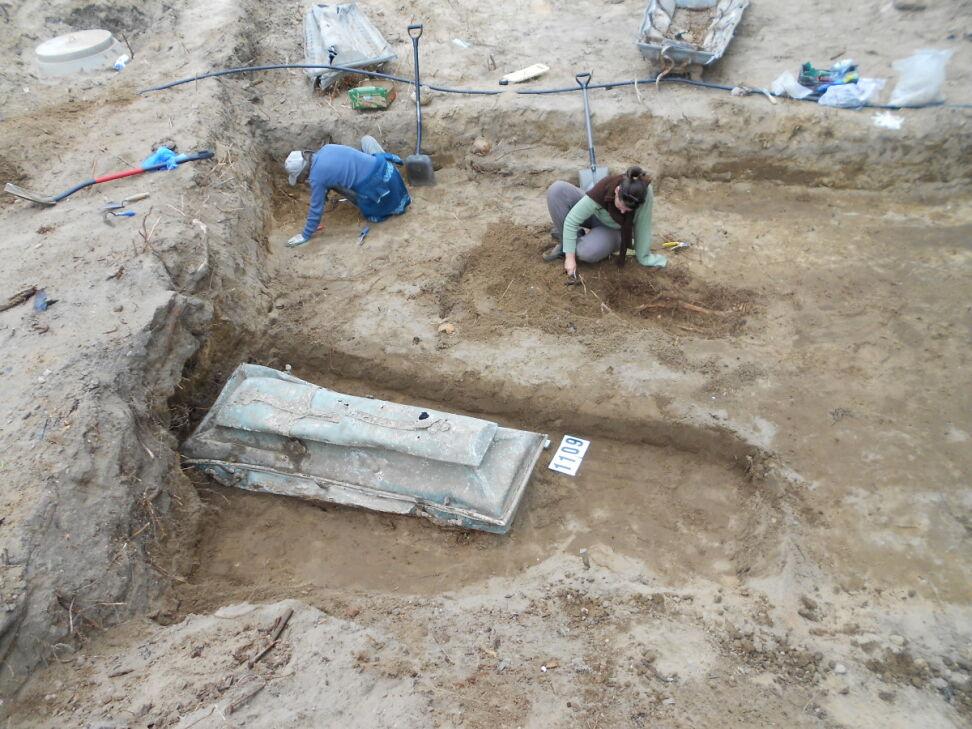 Trumny zostaną złożone na jednym z poznańskich cmentarzy