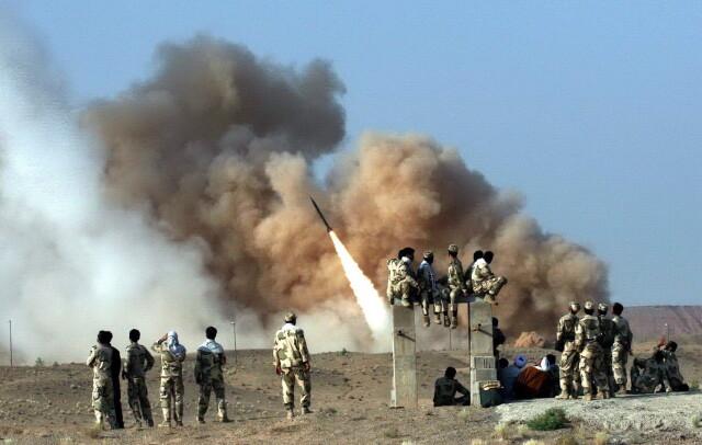Iran zaatakował bazy z amerykańskimi żołnierzami w Iraku. Komentarze ekspertów