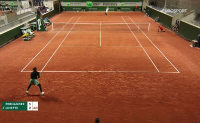 Skrót meczu Fernandez - Linette w 1. rundzie Roland Garros