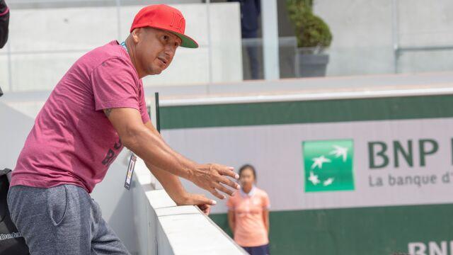 Absencja ojca i trenera Fernandez na finale. Nietypowy powód