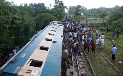 Wykoleiły się wagony pociągu w Bangladeszu
