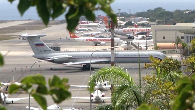Kolejny rosyjski samolot w Wenezueli.  Na pokładzie eksperci wojskowi