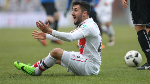 Klub wyrzucił piłkarza, bo pochwalił wkroczenie tureckich wojsk do Syrii