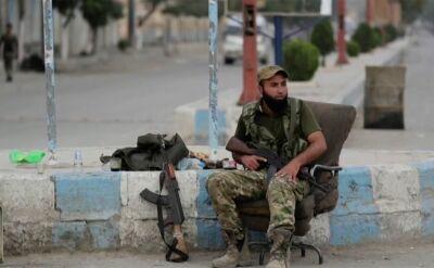 Kontrole w Tel Abjad, mieście graniczącym z Turcją