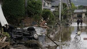 Szalał tajfun, ale bezdomnym Japończykom odmówiono pomocy
