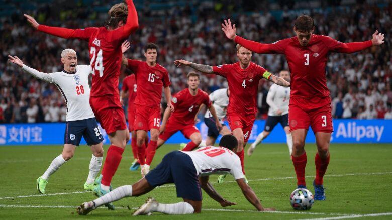 Sterling skomentował kluczową akcję półfinału Euro