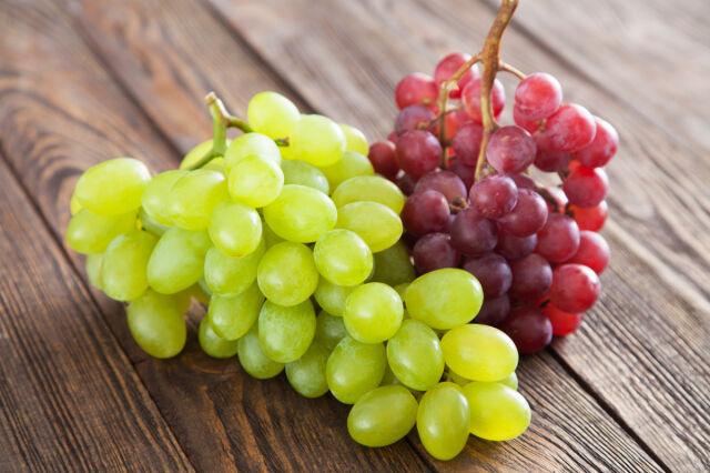 Emeryt skazany na pół roku więzienia za zjedzenie trzech winogron