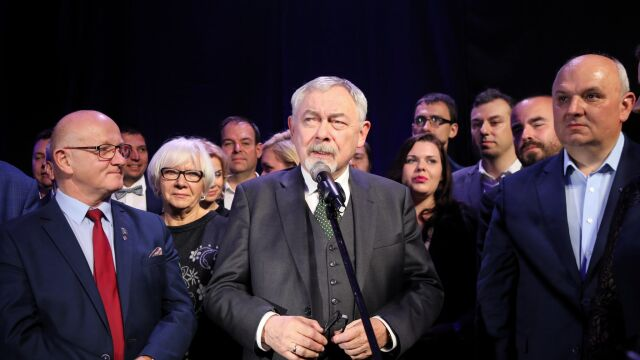 Ostatnie chwile przed wyborczą dogrywką w Krakowie