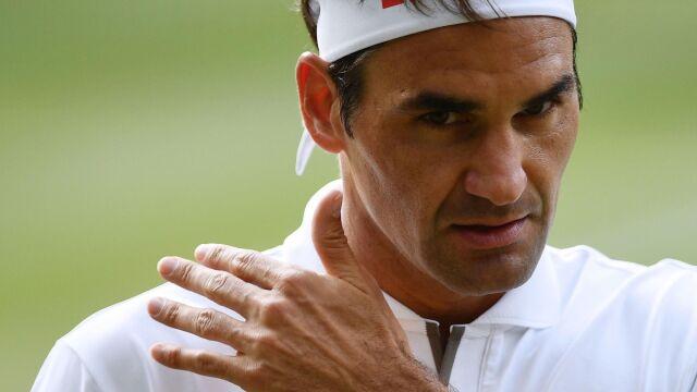 """""""W naszym sporcie nie ma remisów"""". Federer o """"brutalności"""" porażek z Djokoviciem"""