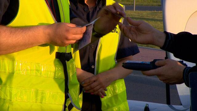 Jedenastu policjantów z drogówki w areszcie. Wszyscy są podejrzani o branie łapówek