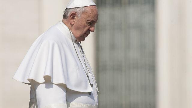 """Franciszek będzie z """"największą surowością"""" traktował księży, którzy """"zdradzili misję Kościoła"""""""