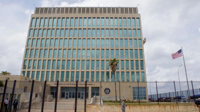 37fe59c9c5691c Hawana. Po tajemniczych atakach USA redukuje personel w ambasadzie