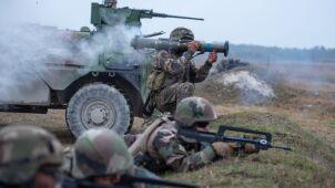 Komandosi, spadochroniarze, strzelcy. Raport: francuscy żołnierze po stronie dżihadystów