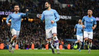 Niesamowita seria Leicester przerwana w Manchesterze. Bednarek ma powody do radości