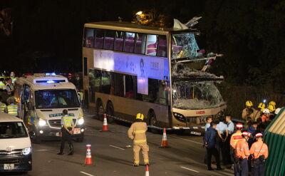 Wypadek dwupiętrowego autobusu w Hongkongu