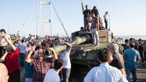Tureccy dziennikarze skazani na lata więzienia