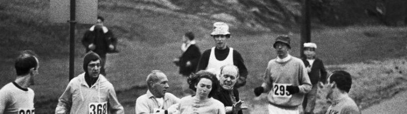 Rzuciła wyzwanie bredniom o wypadającej macicy. Przebiegnie maraton mając 71 lat